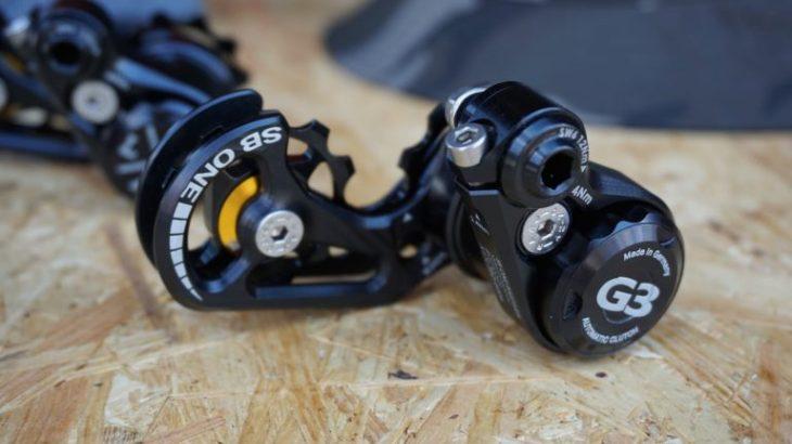 SBワンバイクパーツ、シングルギヤ用テンションロック付きチェーンテンショナー